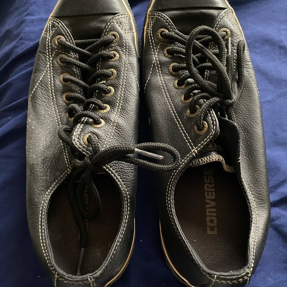Size 91/2 leather CONVERSE